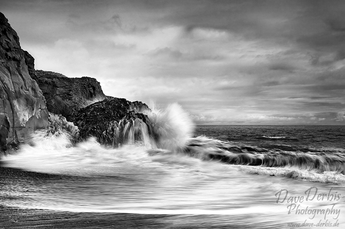 iceland, bay, vik, ocean, atlantic, atlantik, crashing, waves, coast, canon, assignment, remote, rare, striking, bnw, photo