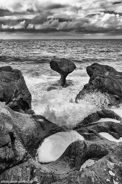 rock, bay, ocean, sea, coast, bnw, mountains, norway, 2019, photo