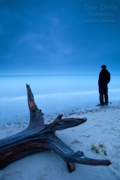 sunset, beach, baltic sea, wood, waves, twilight, men, photo